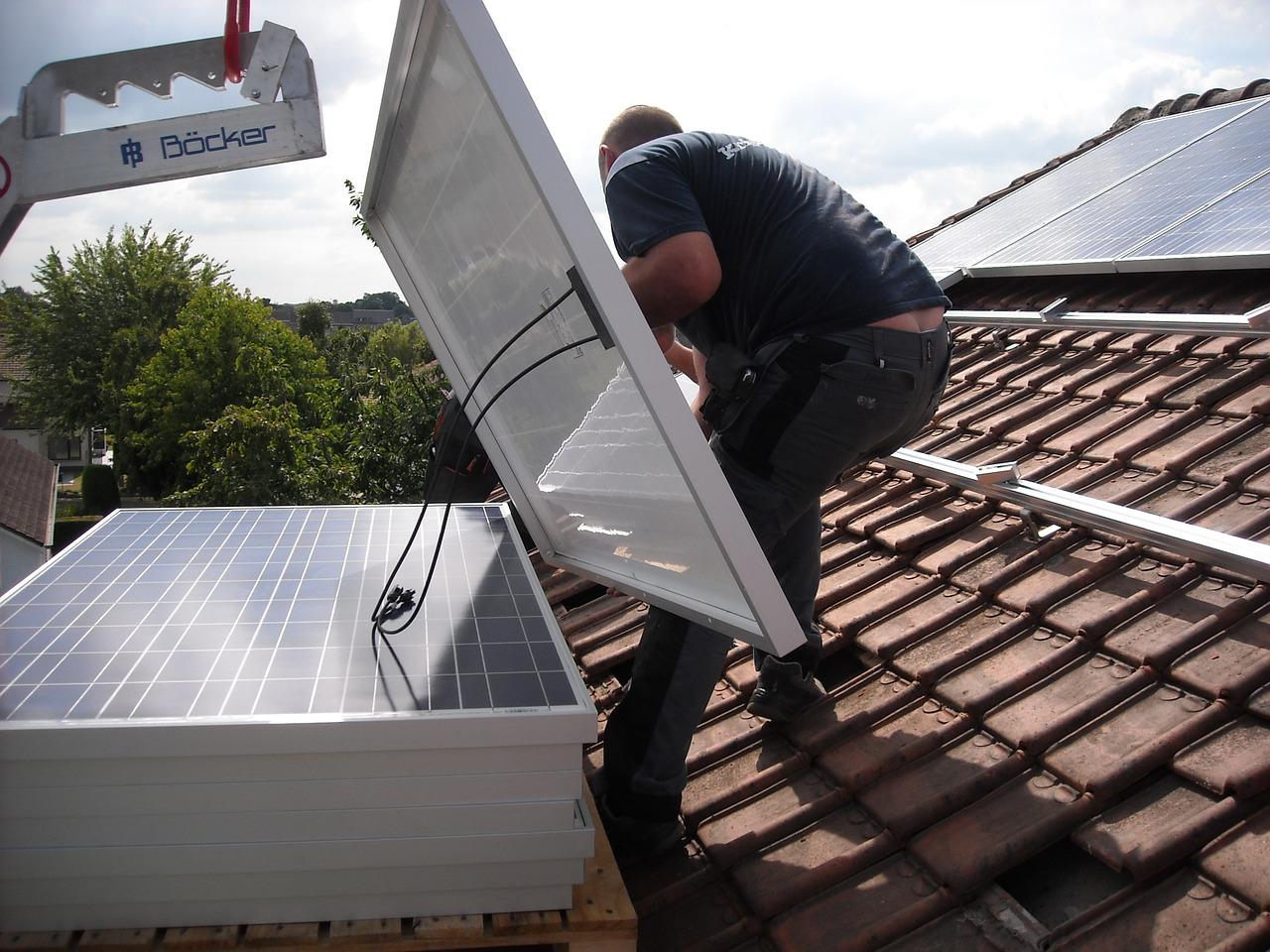 Pourquoi investir dans des panneaux photovoltaiques ?